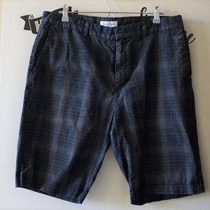 CK Off Black Gray Stripe Relaxed Walking Shorts 36